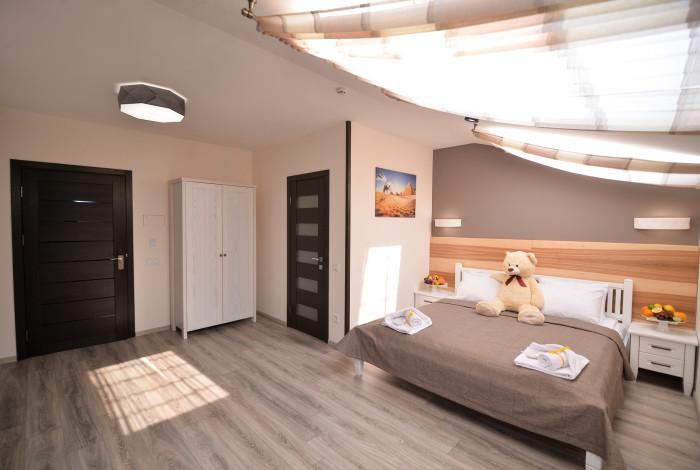 Готель Географія у Рівноме. Двомісний стандарт з одним ліжком